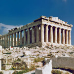Jos kreikkalaiset ovat muka käyttäneet rahansa järkevästi, miksi Parthenonin temppeli on vielä raunioina?